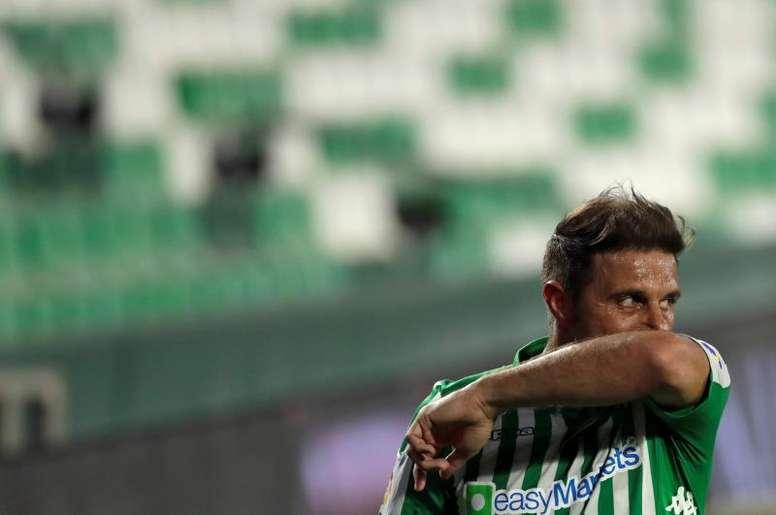 Hace 20 años, Joaquín debutó oficialmente con el Betis. EFE
