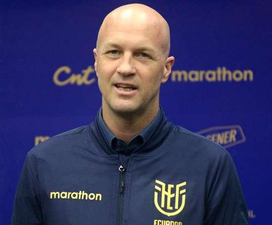 Cruyff já não é mais o técnico da Seleção do Equador. EFE/ Marco Pin