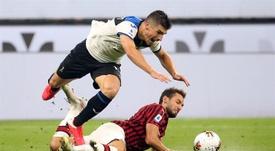 Çalhanoglu suena para abandonar el Milan. EFE/EPA