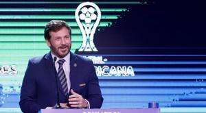 La CONMEBOL passe aux cinq changements. EFE