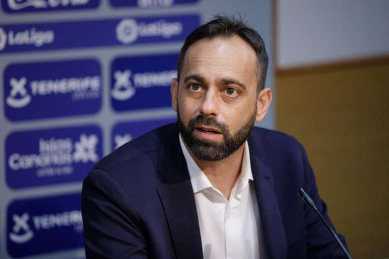Tenerife have sacked their manager. EFE