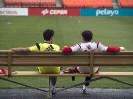 Mensaje de despedida y homenaje de Xavi a Casillas. EFE
