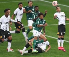 Corinthians y Palmeiras no se hacen daño (en el marcador). EFE/Fernando Bizerra