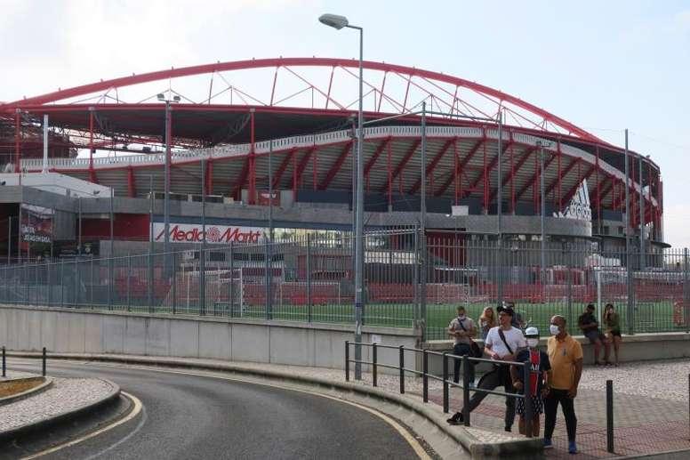 Los aficionados de los clubes portugueses podrán asistir a los partidos de UCL y UEL. EFE/Archivo