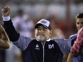 Maradona, siempre comprometido con los niños. EFE