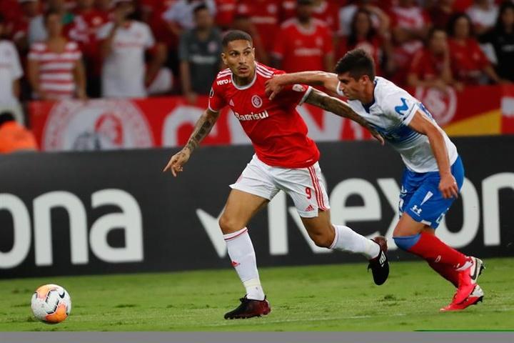 Inter pode liberar Guerrero, mas quer multa rescisória. EFE/Marcelo Oliveira