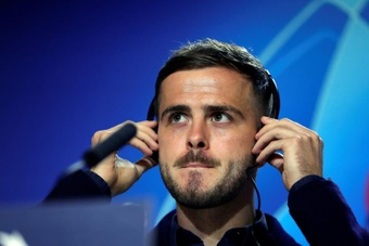 Pjanic is a step away from returning to Juventus. EFE