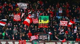 Anderlecht, Eupen y Charleroi cuentan con el permiso. EFE