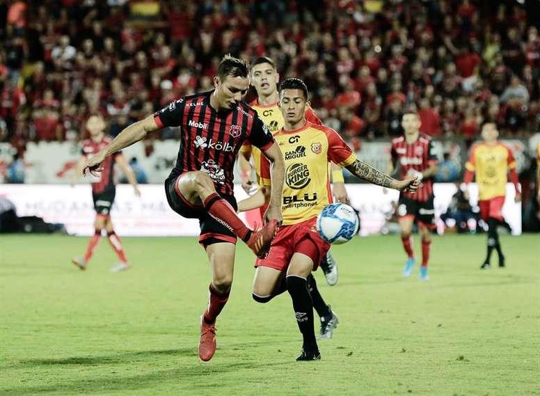 Alajuelense lidera el Grupo A del Apertura costarricense. EFE/Archivo