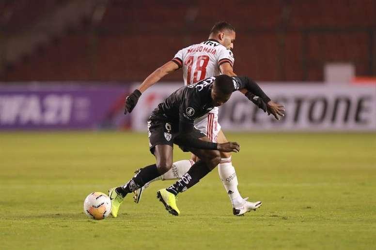El Flamengo-Independiente del Valle, también en riesgo. EFE