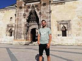 Dejó atrás Polonia y se ha embarcado en una nueva aventura en el Sivasspor turco. EFE