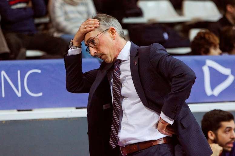 El entrenador Moncho Fernández del Monbus Obradoiro. EFE/ Fernando Galindo/Archivo