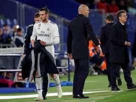 Le llovieron las preguntas a Zidane por Bale. EFE