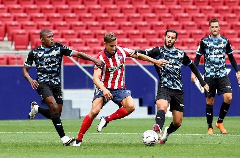 Avec Suarez nous pouvons faire quelque chose en Champions League. EFE