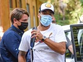 Suárez está buscando nuevo equipo para abandonar el Barça. EFE/EPA