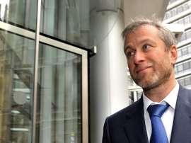 Abramovich, bajo el foco por invertir en futbolistas ajenos al Chelsea. EFE