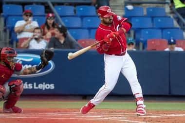 En la imagen, el tercera base venezolano Eugenio Suárez de los Rojos de Cincinnati. EFE/Miguel Sierra/Archivo