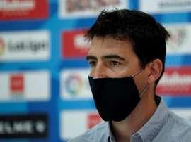 Iraola siempre recordará sus años en el Athletic con Bielsa. EFE