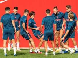 La lista del Sevilla, compuesta por 25 jugadores. EFE