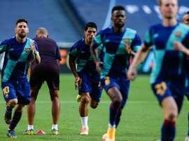 Assim foi o último treino do Barcelona. EFE/EPA/TIAGO PETINGA