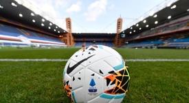 Los aficionados podrán volver progresivamente a los estadios en Italia. EFE