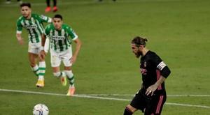 La direction du Betis mécontente de l'arbitrage après la défaite face au Real. EFE