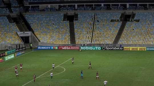 La CBF no permitirá la vuelta a los aficionados pese al 'o.k.' de Bolsonaro. EFE/Antonio Lacerda/Arc