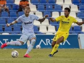 El Valencia anunció la renovación de Racic. EFE