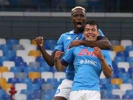 El Nápoles golea al Genoa. EFE