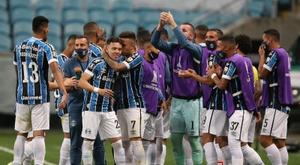 Gremio venció 0-2 en su visita a Guaraní. EFE