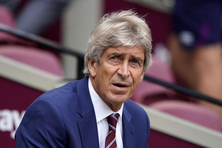 Manuel Pellegrini spoke at a prematch conference. EFE