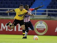 Junior se complica la vida ante el eliminado Barcelona. EFE