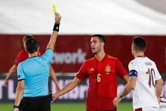 Mikel Merino pointe les difficultés de l'Espagne. EFE/Chema Moya