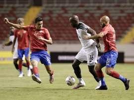 Costa Rica y Panamá se enfrentan en un duelo amistoso. EFE