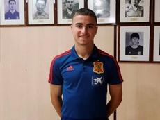 Adrià Pedrosa decidió continuar en el Espanyol. EFE