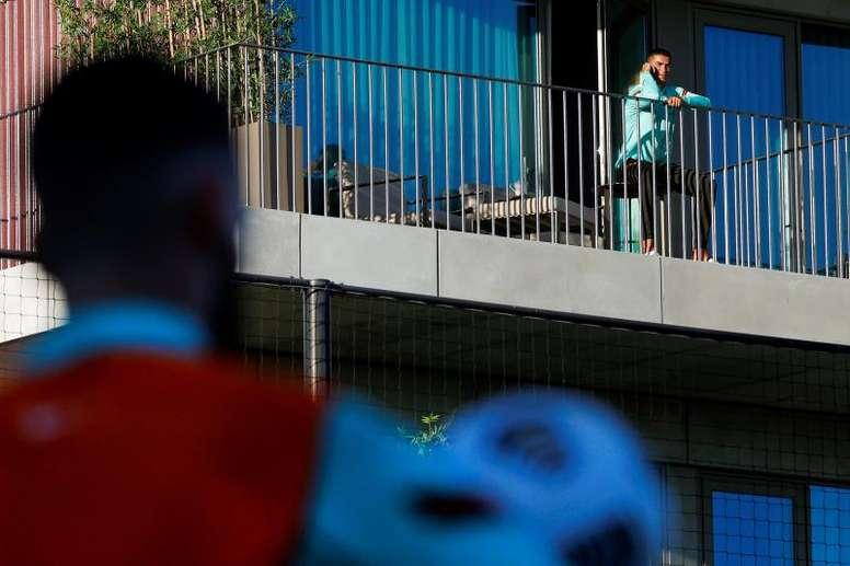La cuarentena en Portugal es de 14 días, mientras en Italia es de diez. AFP