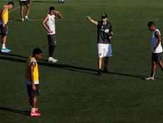El entrenador de Tauro habló sobre el torneo Clausura panameño. EFE/Bienvenido Velasco