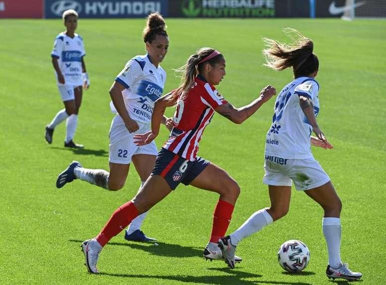Deyna Castellanos se estrenó por todo lo alto en la Liga Española. EFE