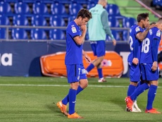 Mata le recomendó al técnico del Barça que deje ciertas acciones en el campo. EFE