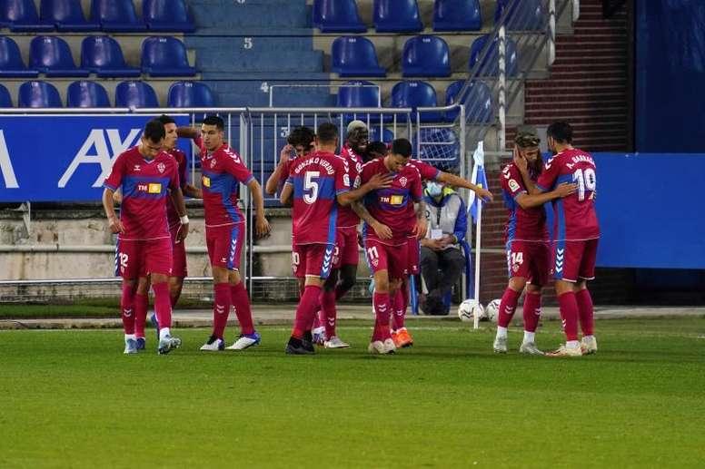 El Elche ganó 0-2. EFE