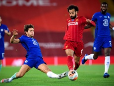 Marcos Alonso fue expulsado en los octavos de Champions ante el Bayern. EFE