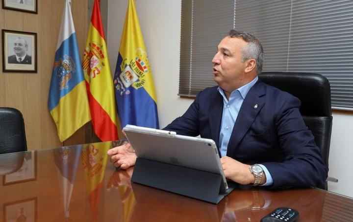 Miguel Ángel Ramírez habló para la radio de Las Palmas. EFE