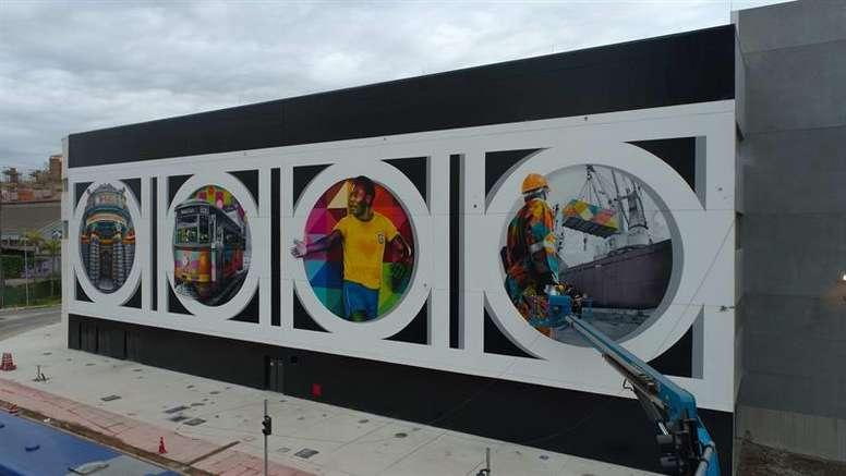 Una genialidad de 800 metros cuadrados para rendir homenaje a 'O Rei'. EFE/Felipe del Valle