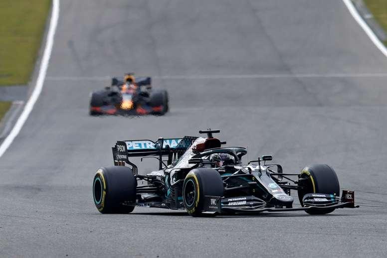 La Fórmula 1 regresa este fin de semana a Portugal 24 años después y lo hará en el Autódromo Internacional del Algarve, en Portimão, en un circuito que acogerá por primera vez una prueba del Mundial y que, a pesar de la situación de pandemia, tendrá público en las gradas. EFE/EPA/Ronald Wittek /Archivo