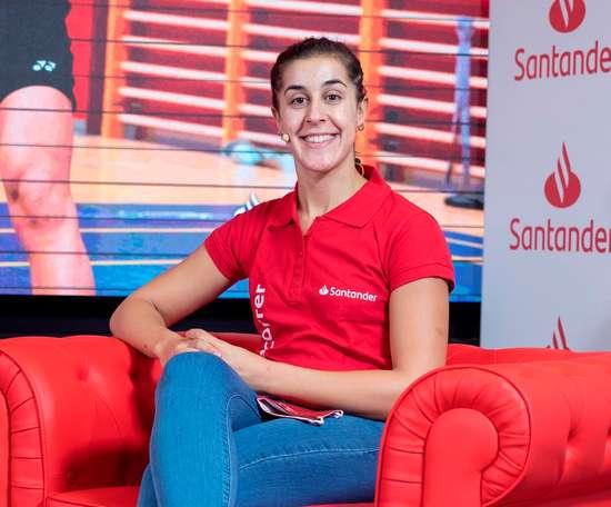 La campeona olímpica de bádminton, Carolina Marín participa en Santander Talks para hablar de su regreso a la competición este miércoles en Madrid tras su vuelta de la competición en el torneo de Odense (Dinamarca), primera prueba oficial de la onubense tras el confinamiento. EFE/Rodrigo Jiménez.