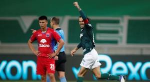 Palmeiras despide con la mano abierta a Tigre. EFE/Nelson Almeida