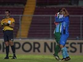 Los penaltis sonríen a Antigua. EFE/Eliecer Aizprúa