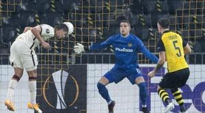 Roma venceu de virada em estreia na Liga Europa. EFE/EPA/PETER SCHNEIDER