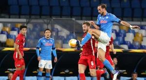 Napoli perde para o AZ Alkmaar. EFE/EPA/CESARE ABBATE