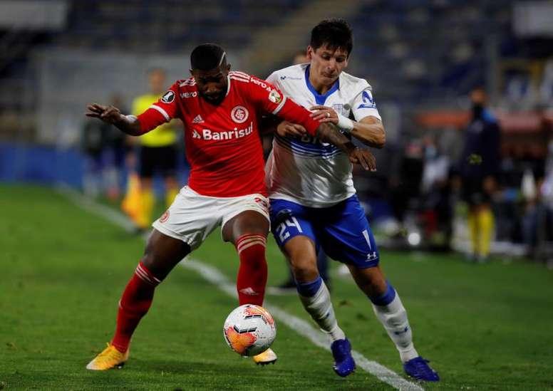Internacional no da pie a las dudas y avanza en la Copa. EFE